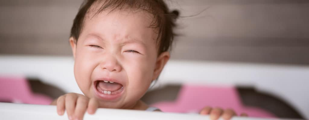 아기를 울게하는 방법의 5 가지 놀라운 이점