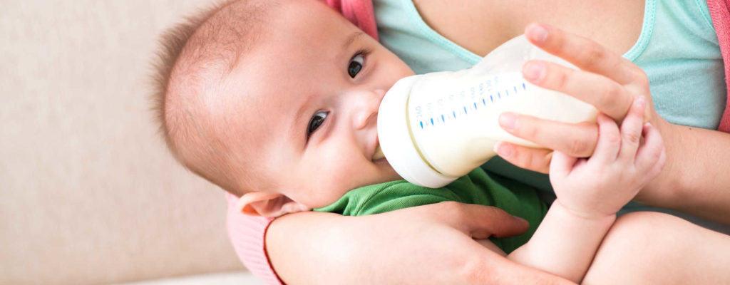 1-3 개월 된 아이들에게 먹이를 줄 때 알아야 할 것은 무엇입니까?