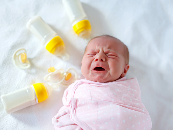Cool milk helps babies gain weight, understand how to correct?