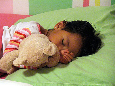 Practice for your baby to sleep by himself: The secret of no tears