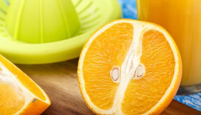 妊娠中の女性がオレンジジュースを飲むときの10の利点