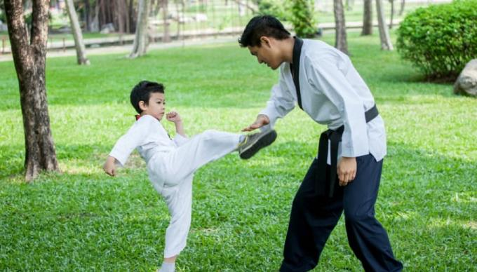 18 life skills for children, parents need to equip them