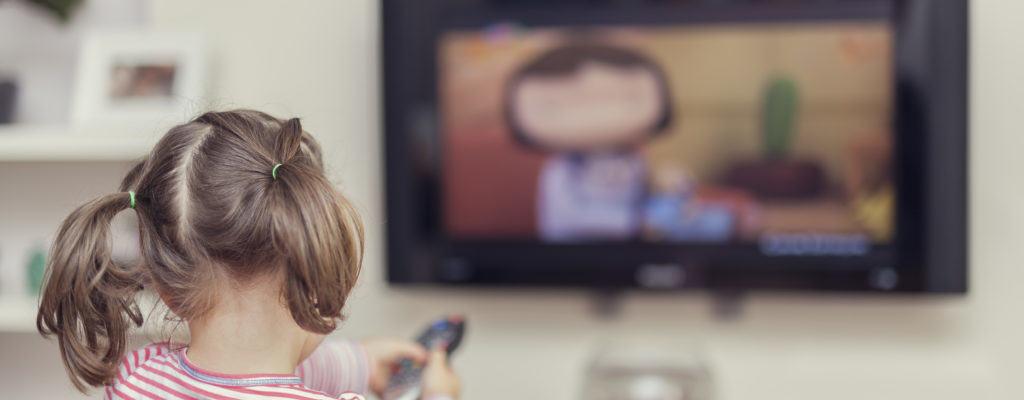 父母應該讓兩歲的孩子看電視嗎?