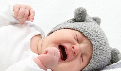 Come confortare un bambino esigente?