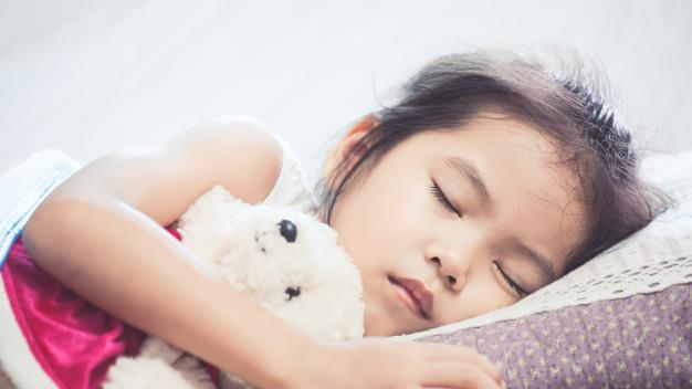 5-year-old child with difficulty sleeping: dangerous condition or not serious?