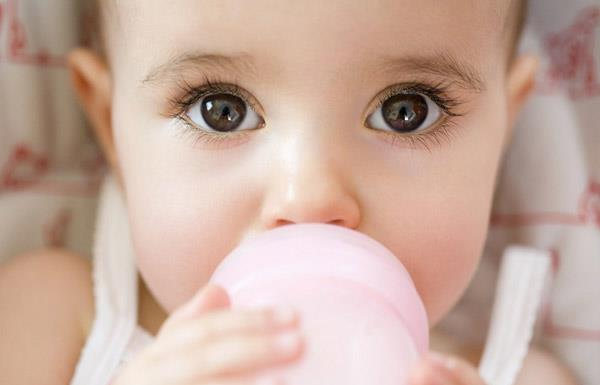 How to make baby eyelashes long and curvy like an angel?